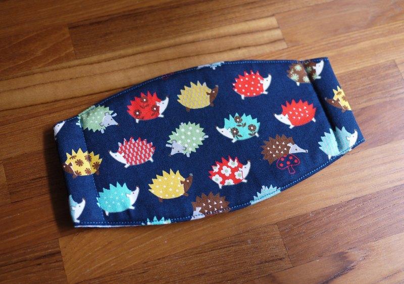 手作訂製-日常必備小物-手作口罩-日本布料-彩色小刺蝟-藍