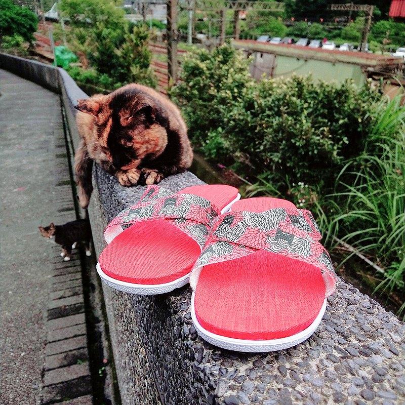 親膚減壓輕量舒適 / 台灣手作室內拖鞋 l 貓奴萬歲 / 紅底色