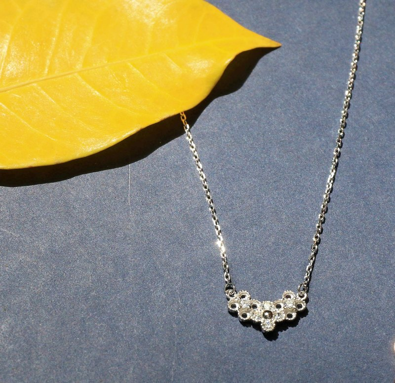 Hollow Ling Check Sterling Silver Necklace
