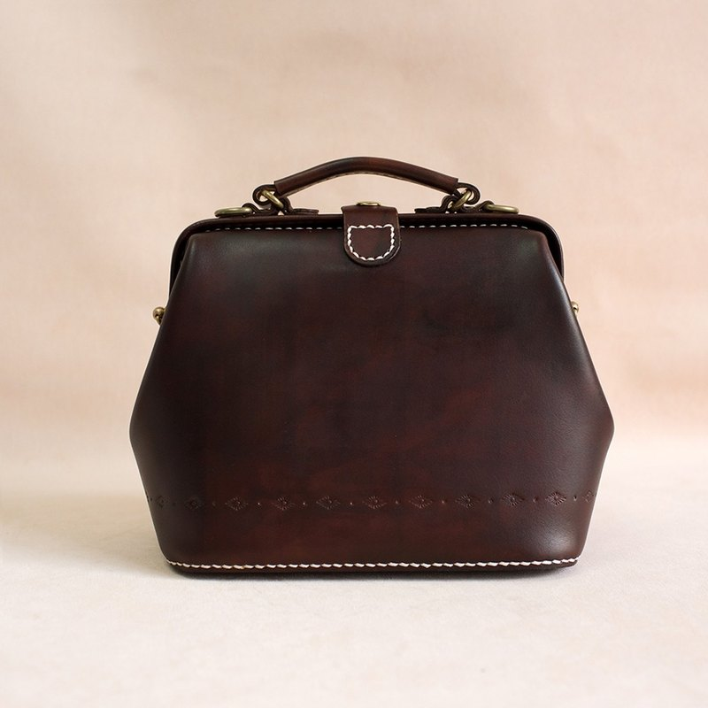 Doctor Bag-Women's Cowhide Leather Handbag Handmade Shoulder Bag