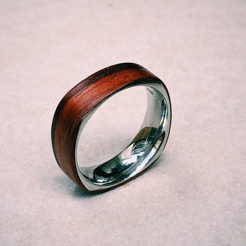 Classical rosewood square steel ring