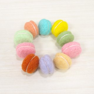 Macaron-Wool felt  (key ring or Decoration)