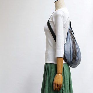 Shoulder bag · gross leather · Made to order production