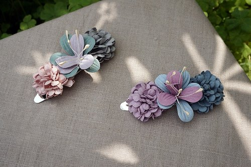 Spring flower hairpin