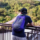戶外休閒‧城市逛遊‧折疊收納‧雙肩輕旅後背包 - 遊樂.紫