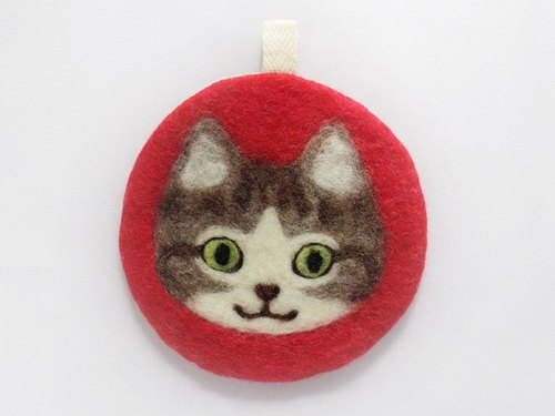 ornament coaster[brown tabby and white]
