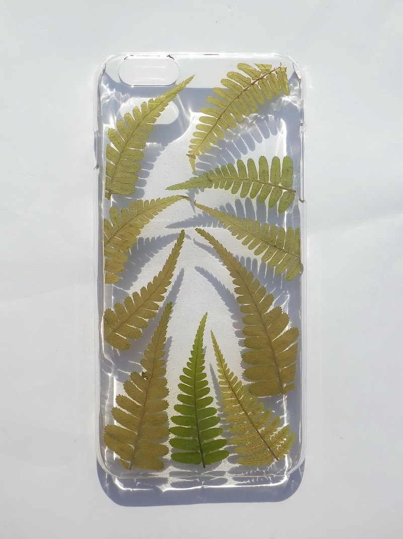 Pressed flower phone case, Pressed flowers with Nature,  iphone 6 plus, iphone 6S plus, Ferns