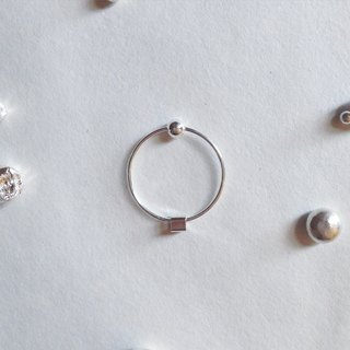 【 PURE COLLECTION 】- Minimalism Circle / Little Square .925 silver earrings(single earring for sale)