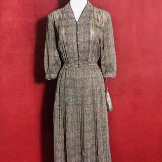 Elegant textured long-sleeved vintage dress / brought back to VINTAGE abroad