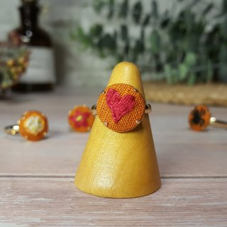 Embroidered cloth ring _ warm maple series _ love heart