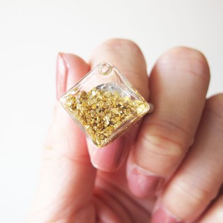 Rosy Garden Golden rock chip square glass ring
