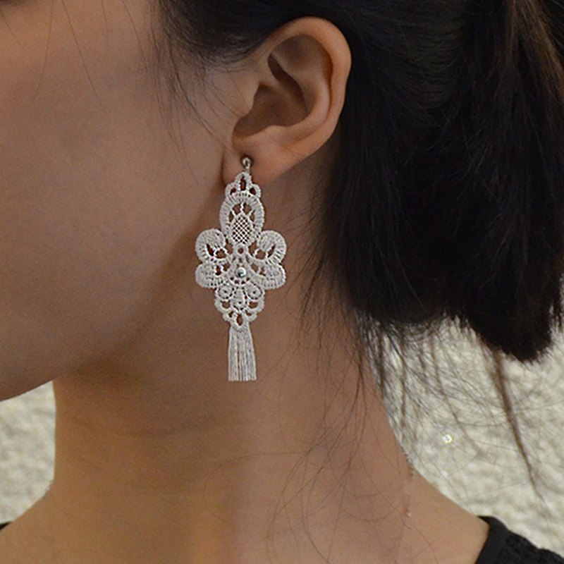 Micro ancient Athens tassel earrings ear clip / ear clip
