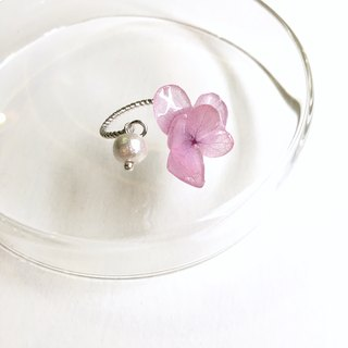 Pink and three-dimensional flowerless eternal flower hydrangea ring
