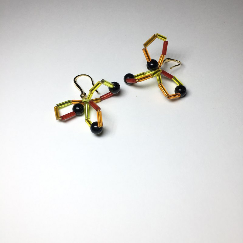 Solid geometric earrings