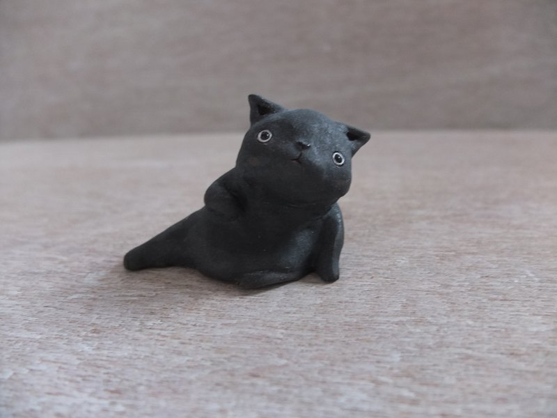 Cat - black chubby little terracotta cat