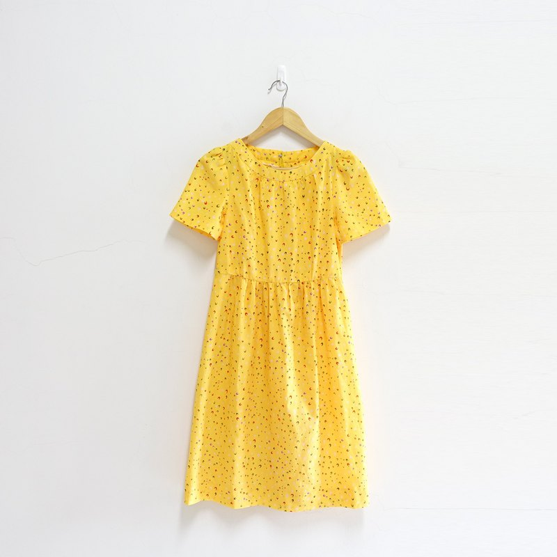 │Slowly│Yellow Moon-Old Dress │vintage.Retro.Literature