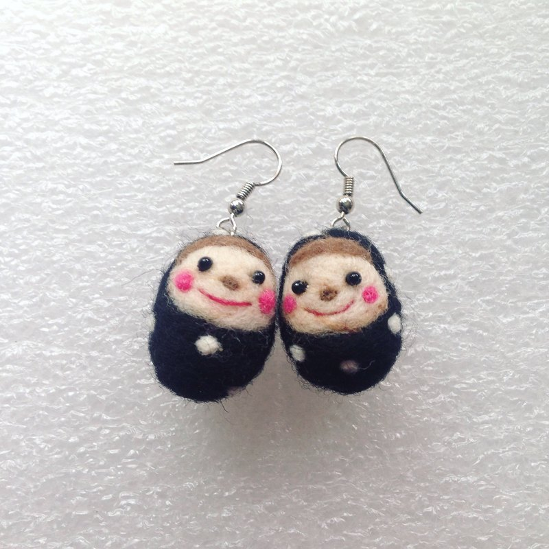 Cute doll earrings
