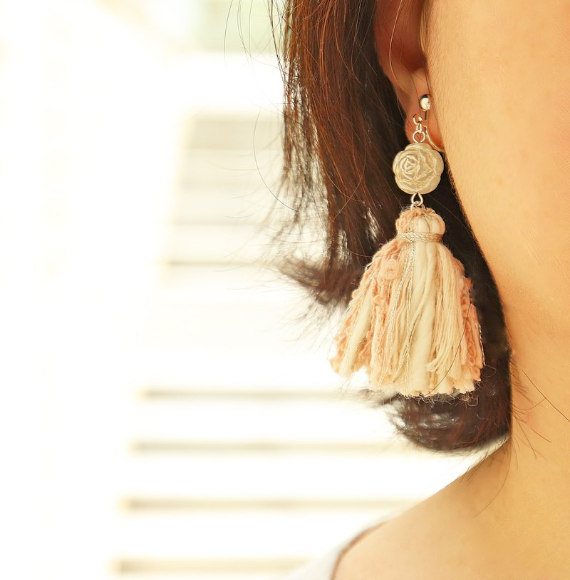 Limited Nostalgic Rose Scrub Beads Pink Tassel Earrings Vintage Beads Sterling Silver Ear Clips OK