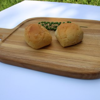 Wood placemat bread plate