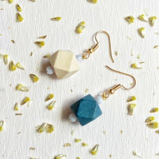 Blue-brown personality hit the earrings can change ear clip