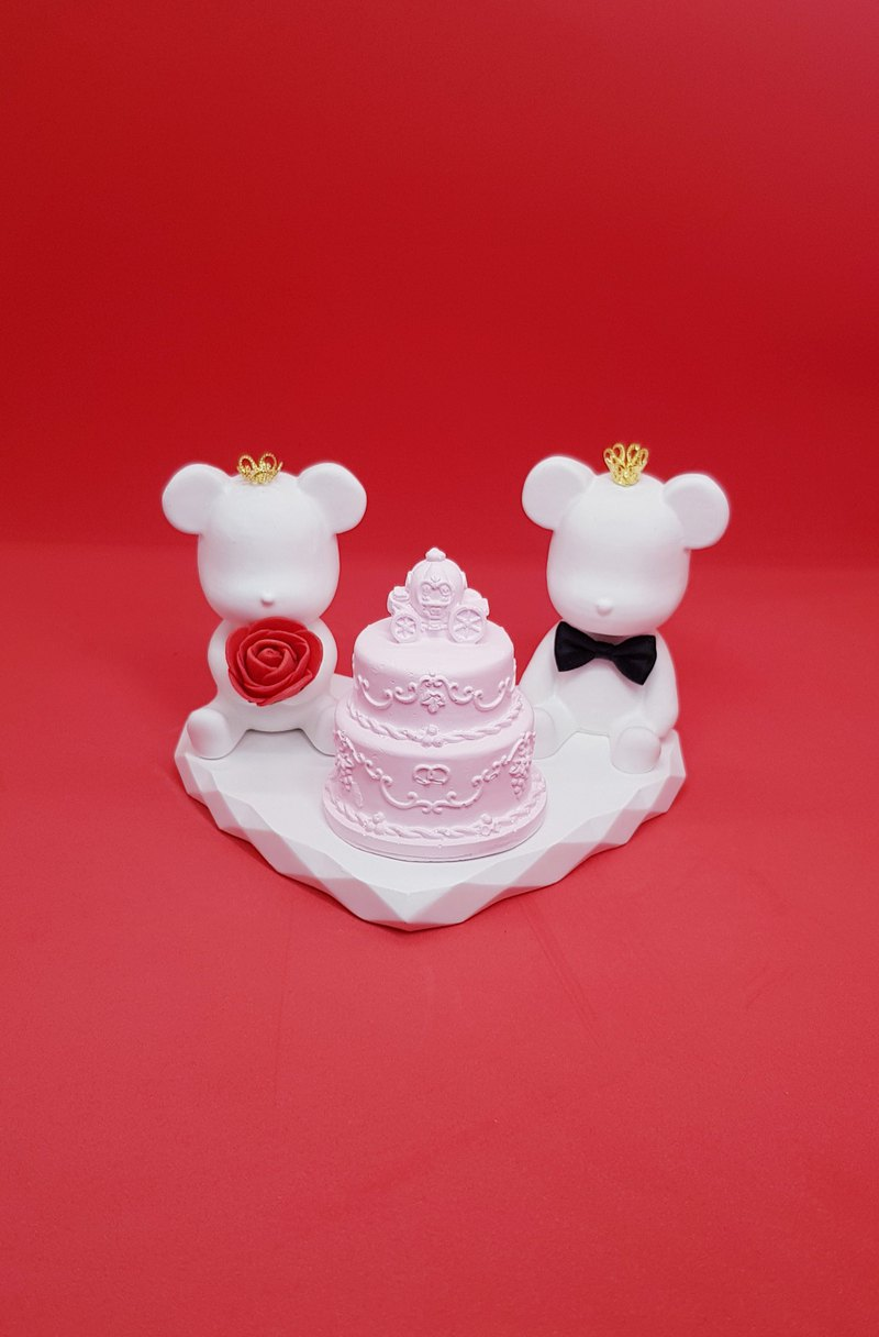 Crown bear cake love dish spread incense stone group - Valentine's Day - wedding - wedding room layout - birthday gift