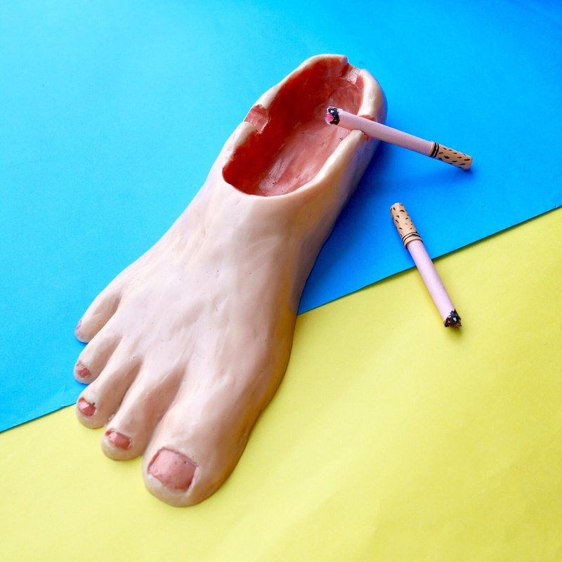 FOOT ASHTRAY