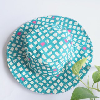 MaryWil Double Sided Handsome Hat - Blue Green Cube