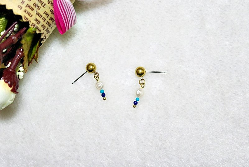 Brass X Natural Stone <Snow> - Pin Earrings
