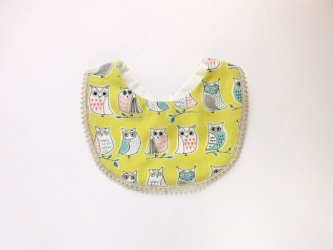 SALE! Organic Cotton Bib / Owl