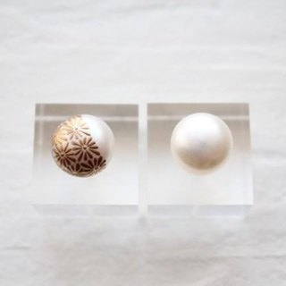 MAKIE Pearl Earrings <Japanese Pattern; chrysanthemum>