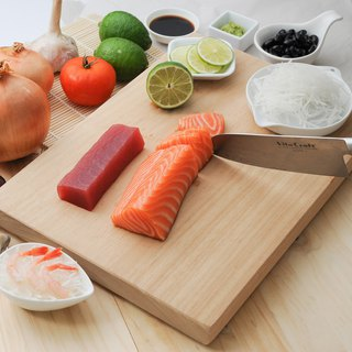 US VitaCraft only He Nuo [NuCook] Taiwan made teak natural logs cutting board (in)