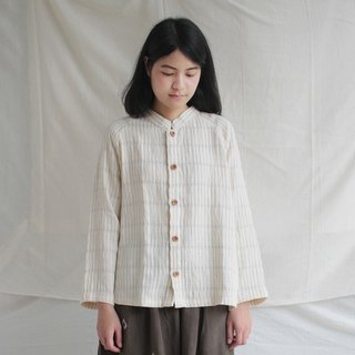 Brown stripe shirt with wooden button / slope shoulder / 100% soft cotton