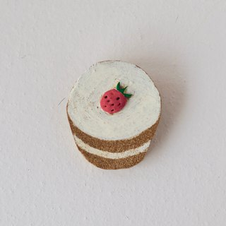 cup cake broach