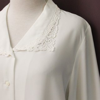 Vintage Japanese Elegant Lace Embroidered Large Lapel Loose White Long Sleeve Vintage Shirt