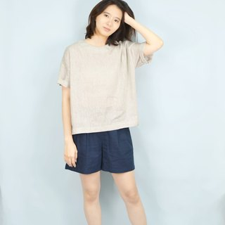 [HIKIDASHI] Tee off shoulder blouse. Light gray anesthesia