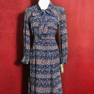 Flower little bow tie long sleeve vintage dress / abroad brought back VINTAGE