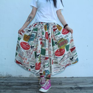 Color magazine text pattern skirt