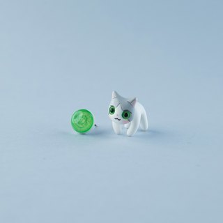 Norvegian Forest Cat - Polymer Clay Earrings, Handmade&Handpaited Catlover Gift