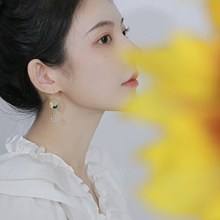 Yuansen hand made handmade double-sided embroidery earrings daisy pattern