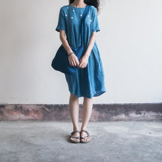 polka dot dress | indigo dyed soft cotton | 04