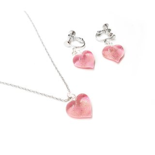 Handcrafted glass jewelry heart shape