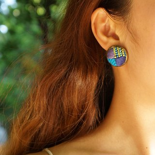 甄 girl cross embroidery four-color round blue earrings