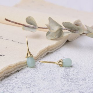 Handmade earrings in brass with amazonite