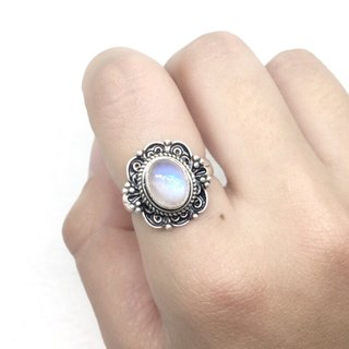 Moonlight stone 925 sterling silver classical design ring Nepal handmade mosaic production