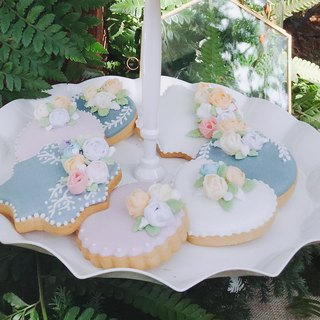 Buyer's subscript area British wind + Snow White + flower icing biscuits