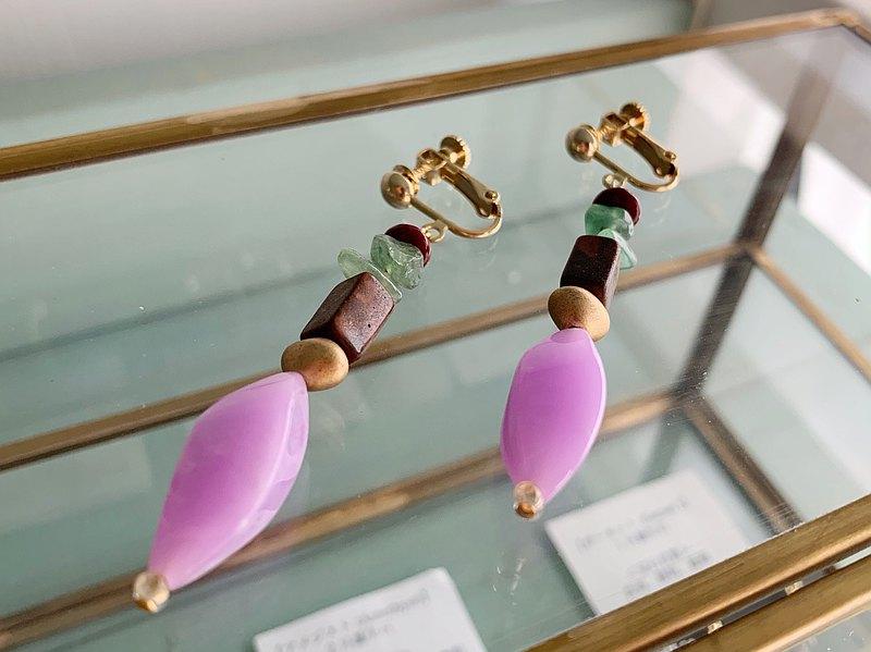 大理石色調的紫色混合耳環/穿孔