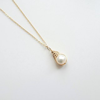 Freshwater Pearl Herringbone Wire Wrapped Charm 14K GF Necklace