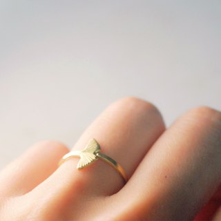 Brass Ginkgo Leaf Ring