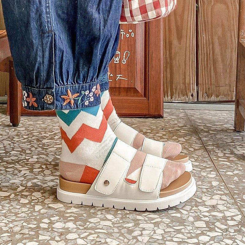 晴雨二穿!可水洗輕量厚底拖鞋