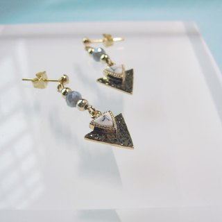 White Marble - Triangle Arrow Spear Pendant Earring